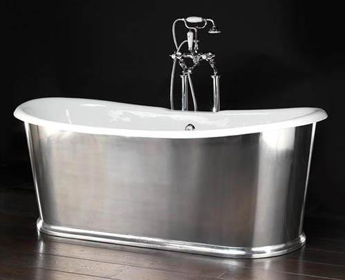 Чугунная ванна с хромированным оформлением стоящая отдельно