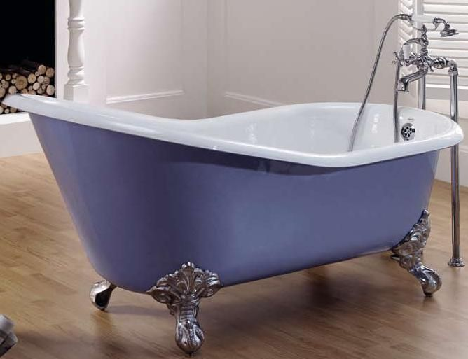 Ещё один вариант удачного дизайна чугунной ванной, который можно взять в ванную комнату