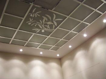 Потолки для ванной Армстронг имеют ряд преимуществ