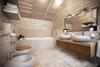 Кафелем отделывается «мокрая» зона над ванной