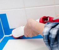 герметика для швов между ванной и стеной
