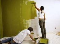 красить стены в ванной