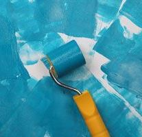 красить стены в ванной комнате