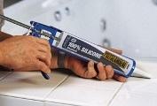 герметик для швов между ванной и стеной