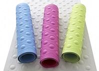 выбрать нескользящий коврик в ванную