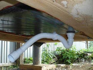 сток воды в кабине