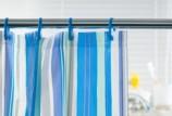 Как отстирать шторку в ванной от плесени и грязи?