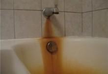 Ржавчина и налёт на ваннах из акрила, эмали, чугуна: как очистить?