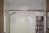 Карниз для ванной: какие бывают и способы установки