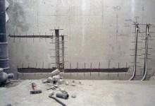 Как убрать трубы в стену в процессе ремонта в ванной?