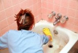 Как отмыть чугунную ванну: используем самые эффективные средства