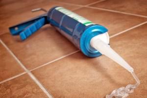 Герметик для канализационных труб и его виды